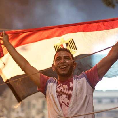 埃及民众在解放广场庆祝穆尔西下台