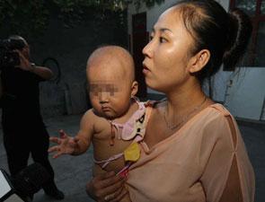 """河南林州""""民警摔婴""""事件"""