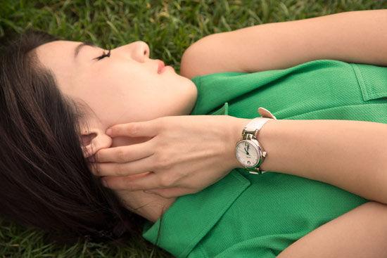 【新珠宝】高圆圆浪漫巴黎情 飞亚达优雅动人心