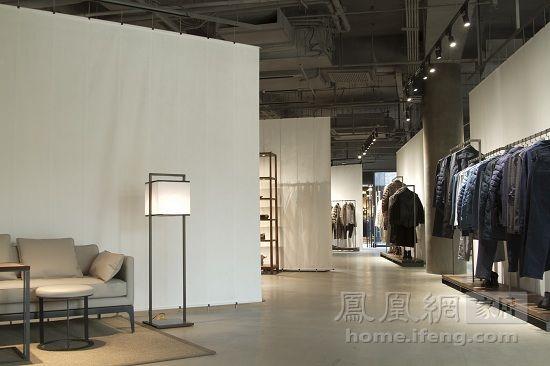 仿佛自家衣柜的舒适 速写三里屯概念店的平淡之美