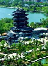 大明湖景区:超然楼
