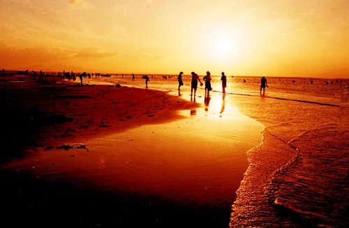 开发区金沙滩海水浴场-烟台周边海水浴场汇总