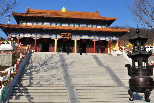 灵珠山菩提寺:青岛江北最大的佛教寺院