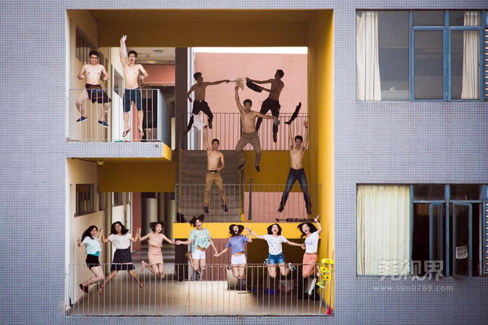 东莞大学生在厕所拍毕业照 教育频道