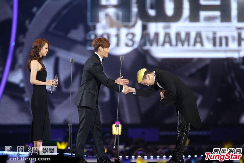图为2013年11月22日,香港,韩国2013Mnet Asia Music Awards(简
