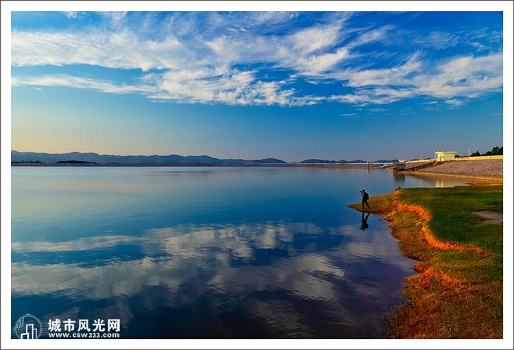 湖北洈水风景区:融合江南秀色与北国壮美