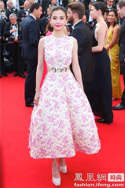 angelababy身穿dior 2015春夏高级订制系列粉色礼裙出席2015戛纳电影