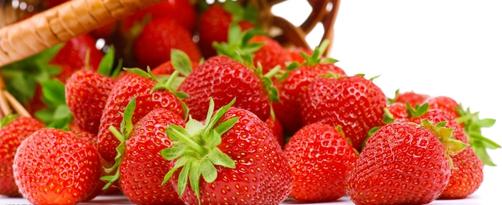 草莓娇艳香甜惹人爱 8大养生作用你可知
