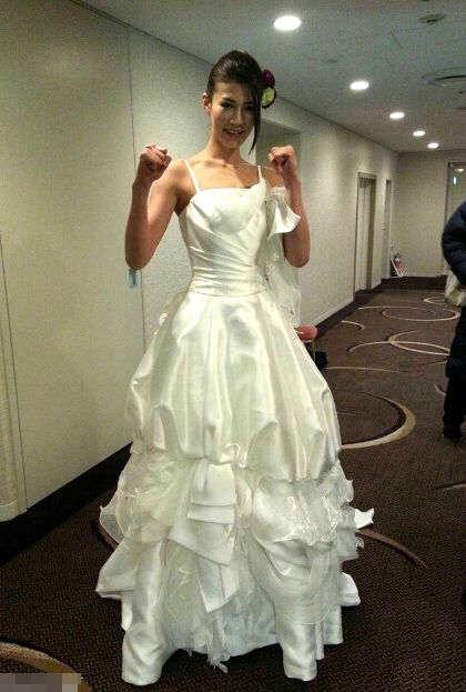 微信头像唐嫣穿着婚纱