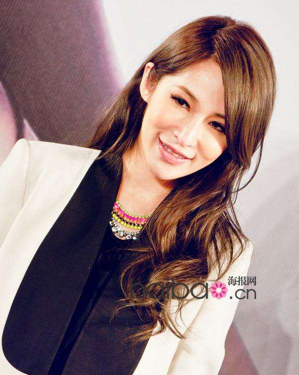 华语女明星3月长发发型示范