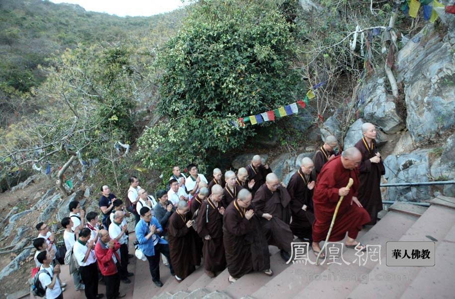 灵鹫山印度朝圣千辛万苦去朝圣