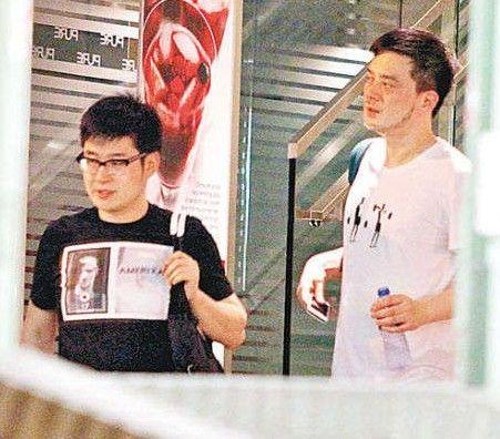 黄耀明同性密友吴海刚曝光 两人相差17岁(图)