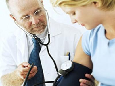 尿酸偏低的危害_【高尿酸症的症状】_高尿酸_表现_特点_体征