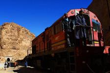 大漠红蜥蜴列车