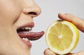 最新性医学研究还显示,上唇丰满突出的女性更加容易获得阴道高潮。