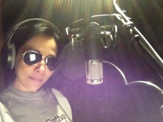 刘嘉玲为电影《过界》献唱多年未开嗓显紧张