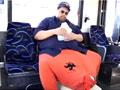 世界最大阴囊男子 顺利切除60公斤重囊肿