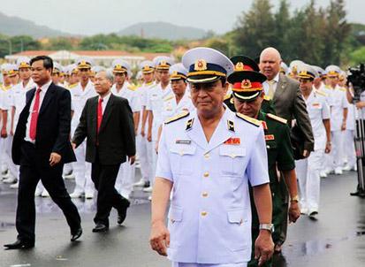 越南鄙视中国军舰 若动手绝不是对手