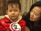 王刚爱妻携4岁儿子现身