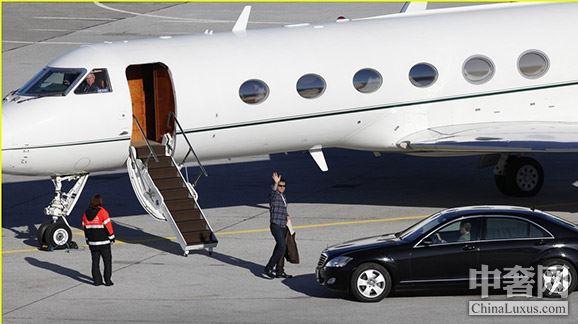 私人飞机驾照放宽 最低只需20万