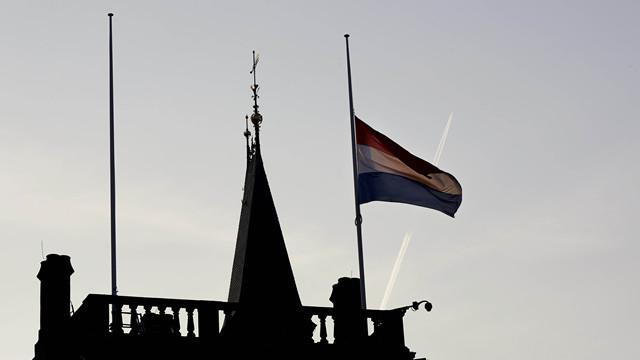 荷兰中国留学生退马航机票:打死不坐马航