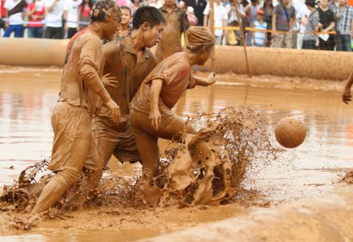 泥浆足球世界杯