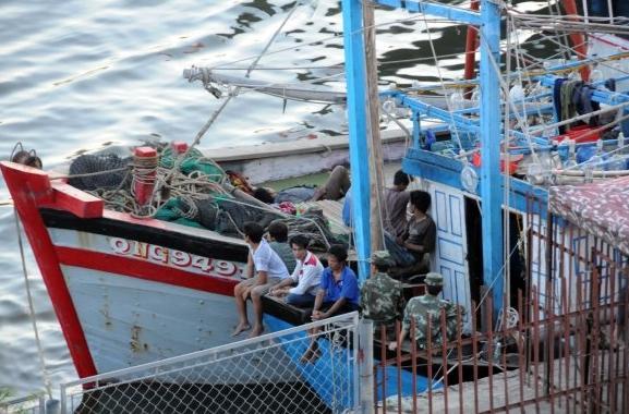 越南渔政船下月起将配发机枪和冲锋枪