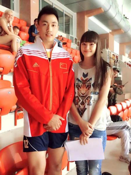 前一段时间爆红的哈萨克斯坦长腿排球美女莎宾娜也