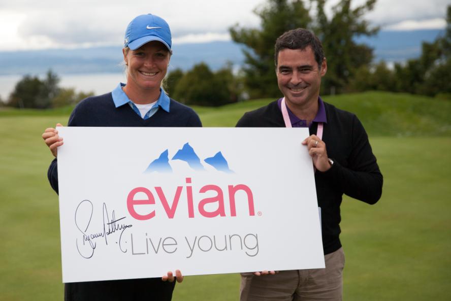 今年,依云将携手120名顶尖高尔夫女子球手与50000余名粉丝和贵宾为
