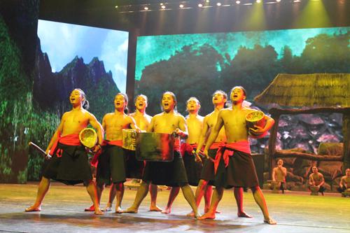 凤凰歌舞团西安小某剧场开放表演