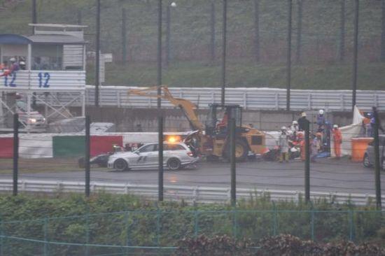 F1日本站因事故提前结束:汉密尔顿夺冠 比安奇重伤|汉密尔顿|维泰尔