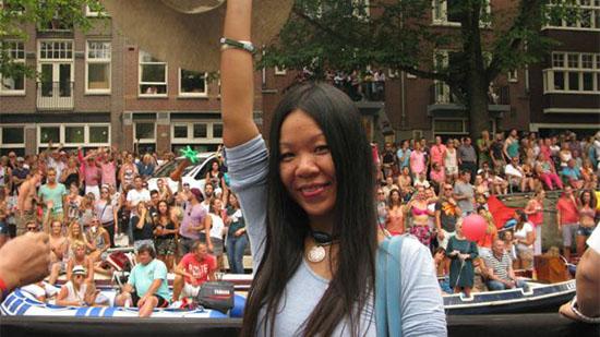 性情:真人讲述:放不开的中国女人去荷兰后彻底变了