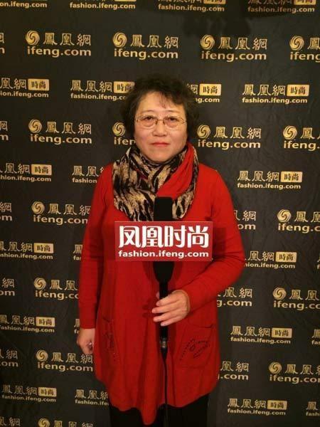 """性情:李银河首谈""""变性""""爱侣 曾称在中国出柜很难"""