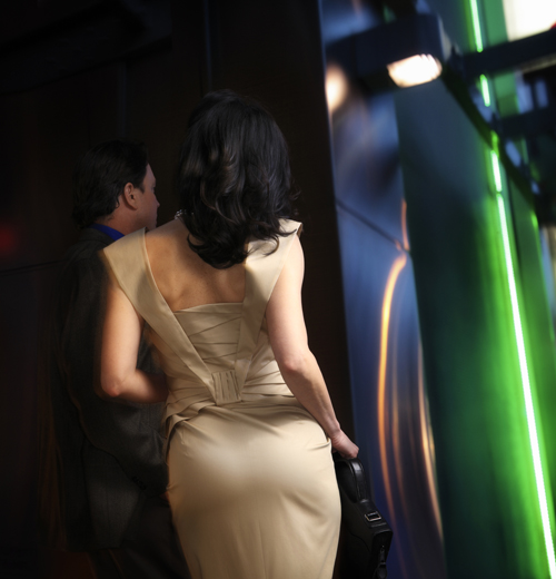 性情:王梆:中国女人为什么不能优雅地变老?