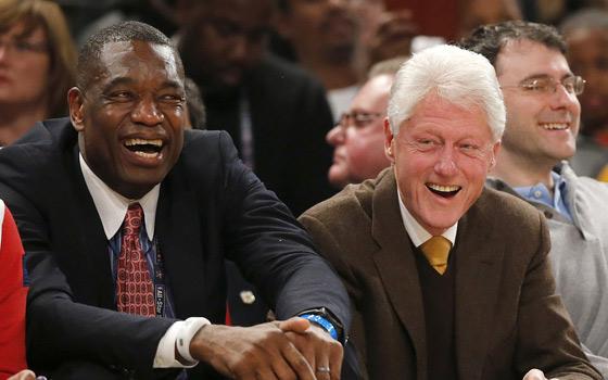 观战NBA全明星正赛的各界名流 68岁克林顿领衔