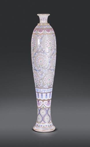 玉石极彩青花瓶