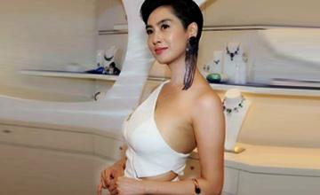 43岁紫霞仙子身材还是那么好