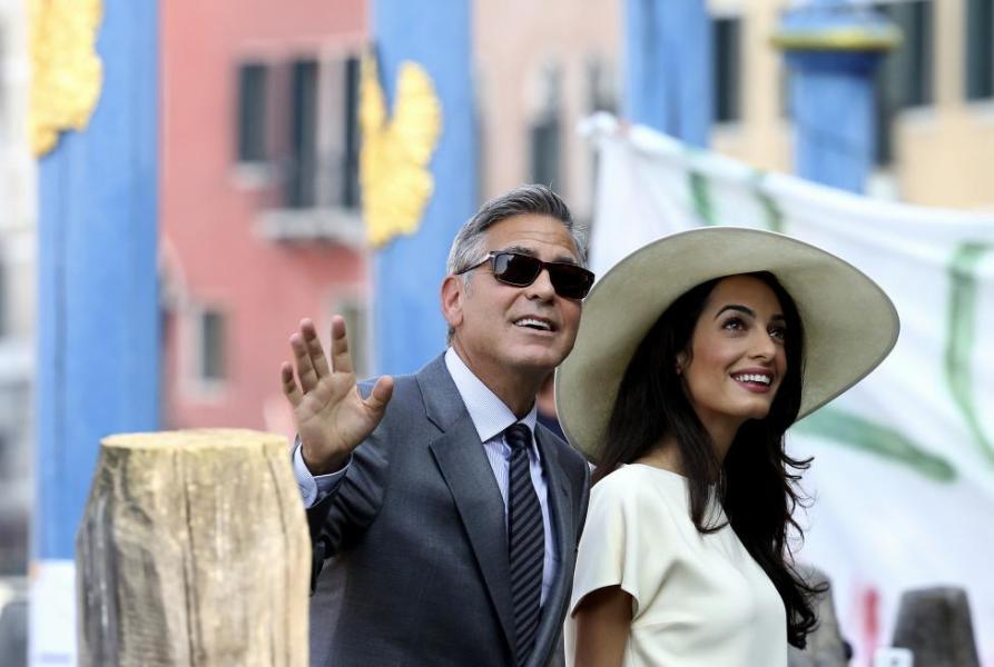 9月29日,威尼斯,好莱坞影星乔治-克鲁尼与妻子阿玛尔-阿拉姆丁抵