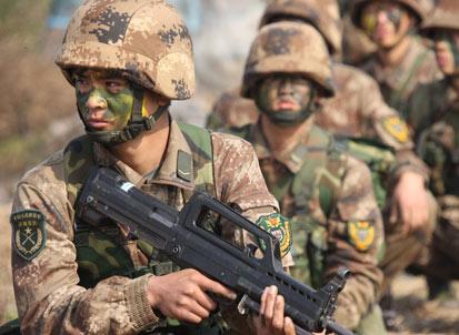 滕建群:中国军人需具备尚武精神和高素质