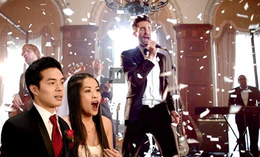 超创意MV Maroon 5空降婚礼献唱