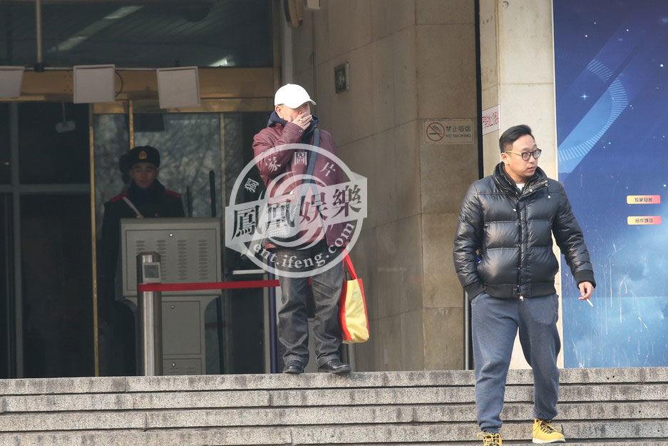 毕福剑演小品 冯巩连上30年 羊年春晚语言类节目单曝光 - li-han163 - 李 晗