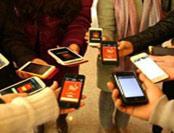 梁文道:中国人看手机的程度令人震惊 过年不像过年