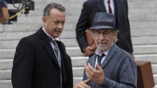 """汉克斯放黄圣依""""鸽子""""有原因 正和斯皮尔伯格拍冷战片"""