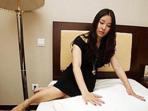 美女酒店离奇坠亡 监控拍下诡异一幕