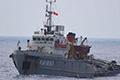 越舰逼近解放军南海岛礁堡垒 遭警告射击