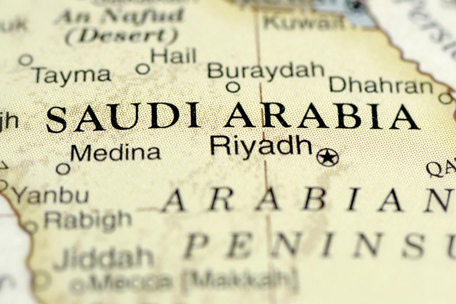 MERS为何如此让人害怕?MERS全称是中东呼吸症候群冠状病毒感染症,准确来说应该叫MERS-CoV。2012年9月首次于沙特阿拉伯被发现,是目前为止第6种已知的人类冠状病毒。