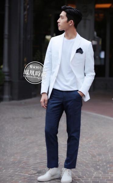 26岁井柏然24岁杨洋聚首男装周 衣品颜值不含糊