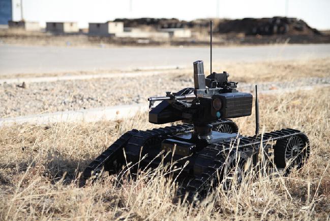 军事资讯_多款中国军用机器人曝光 仿生大狗赶超美国设计_军事频道_凤凰网