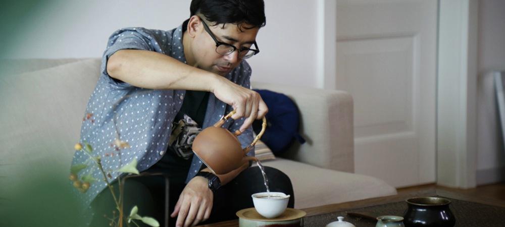 退学辞职 他决定在北京开家瓷器店