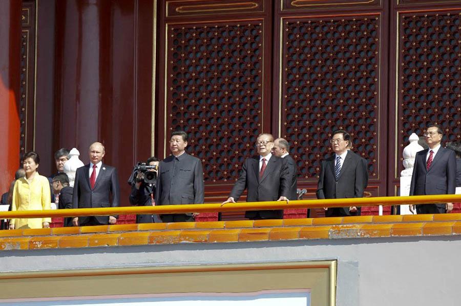 习近平等出席纪念抗战胜利70周年大会  .